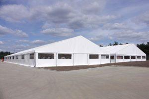 Dvojhalí montovaných hal výrobního podniku